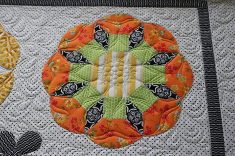 Leanne's fruit tingle quilt